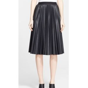 NWT Theory Zeyn Lamb Leather Pleated Mid Skirt